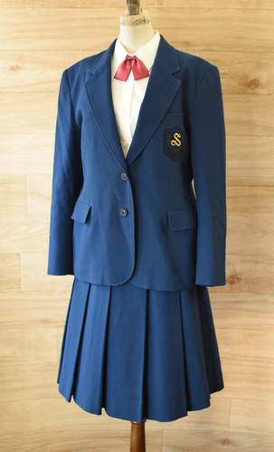 a■良好■スクールウェア東京都内 女子学生ブレザー制服■2